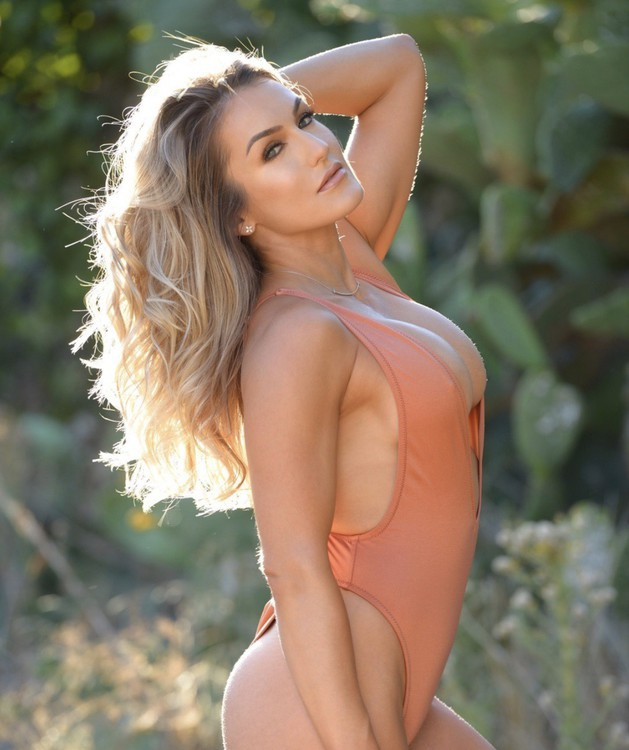 Lindsay Profile, Escort in Los Angeles, 503 420-0384