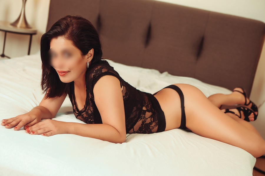 Kate Profile, Escort 2147406864