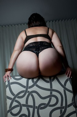 Paige Profile, Escort in Los Angeles, (773) 888-15