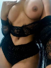 MONICA Profile, Escort in Philadelphia, 910-241-4622