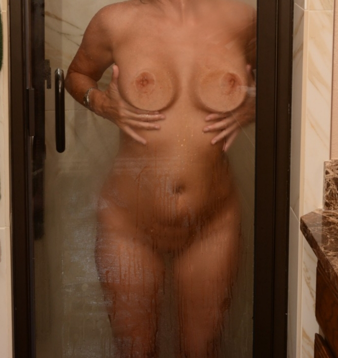 Bubblesdfw Profile, Escort in Houston, 6827725652